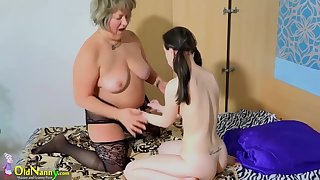 Old grannie lesbian plays with young teen