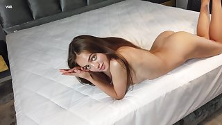 Aware of the beauty of her company Sophy likes to show retire from her naked company