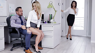 Manager attempt three-way intercourse with keep from